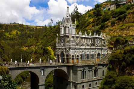 """Црква """"Las Lajas"""" - Колумбија"""